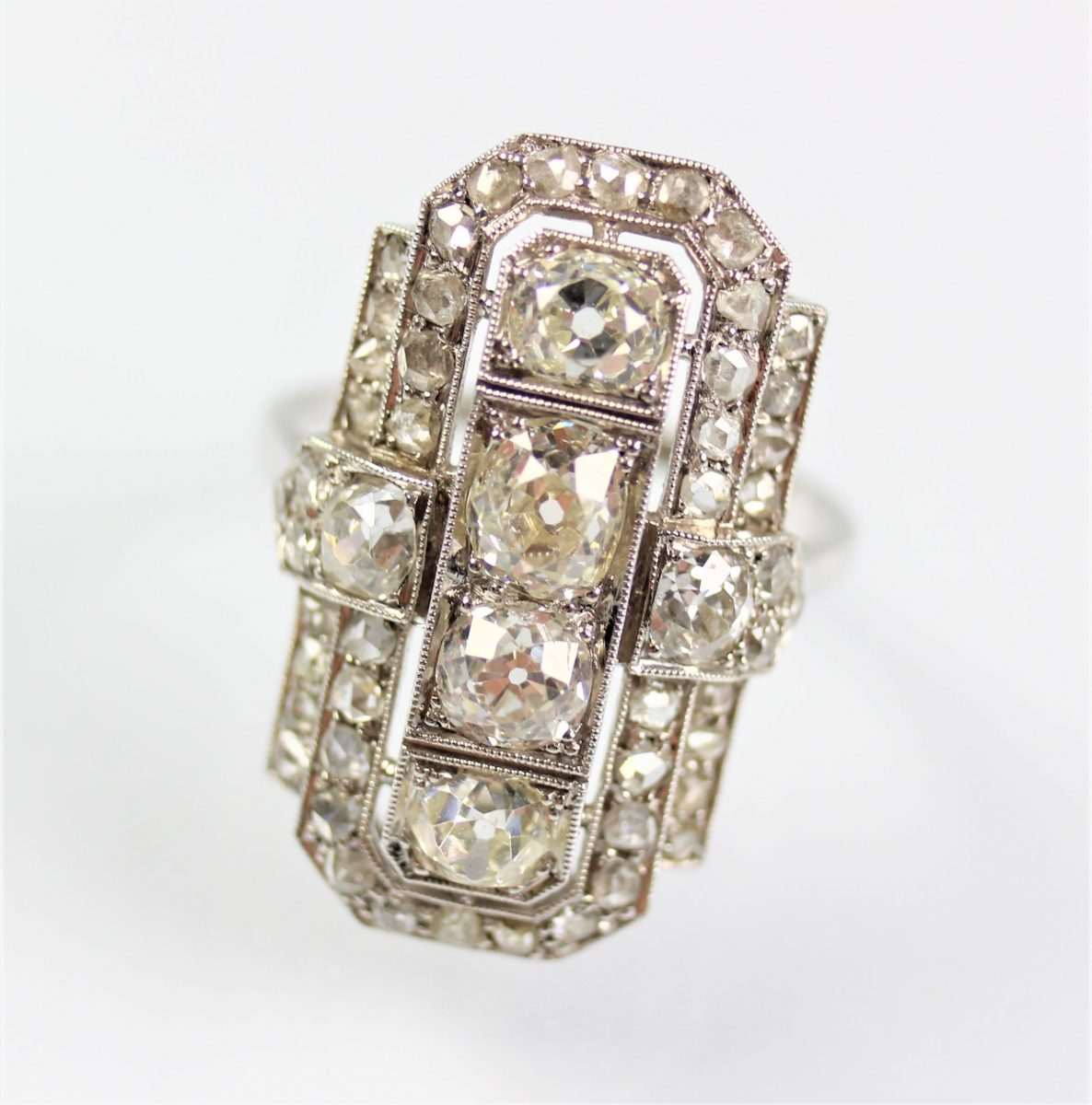 16. An Art Deco diamond ring SOLD for £2,400 - February 2018