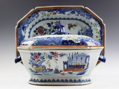 18. A Chinese export tureen, cover and stand Qianlong (1736 - 1795) SOLD for £1,900 - February 2018