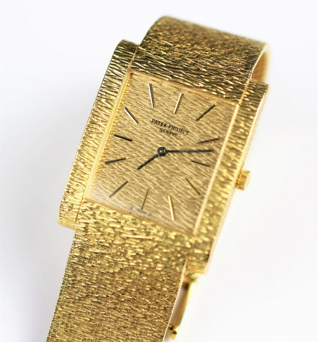 25. An 18ct gold Patek Philippe wristwatch circa 1970 SOLD for £3,100